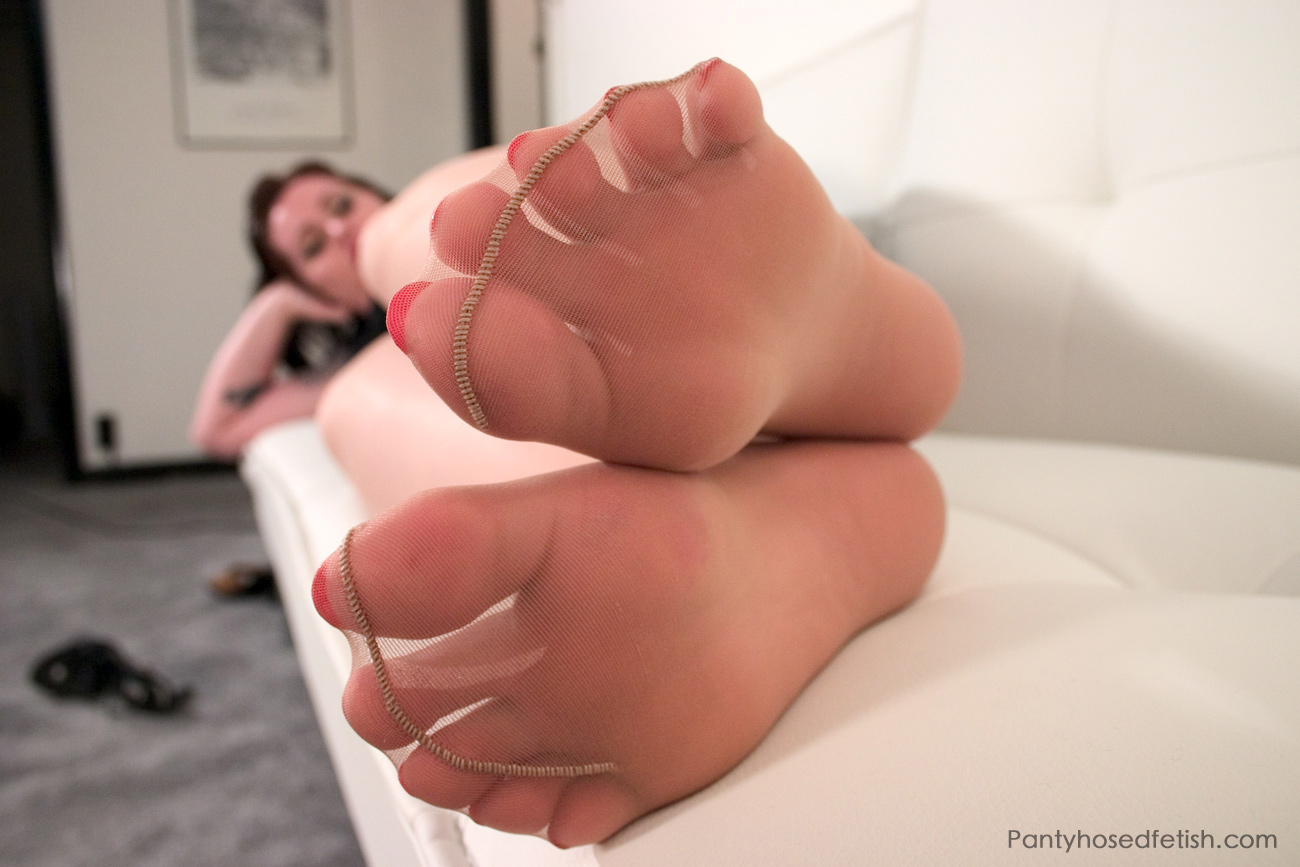 pantyhose sole worship